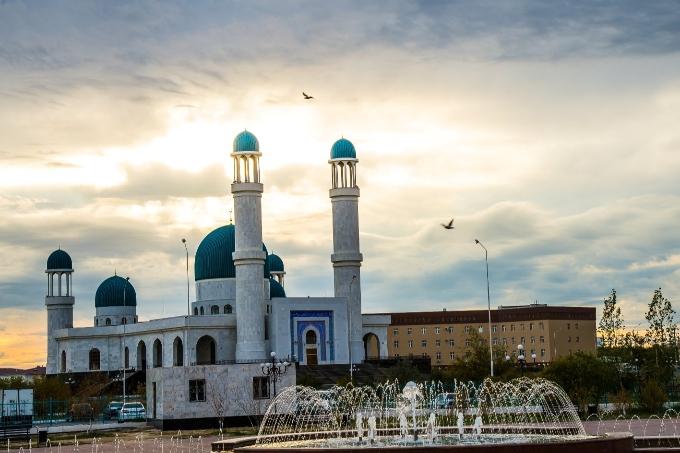 """Central mosque """"Akmeshit-Syrdariya'' of Kyzylorda region"""